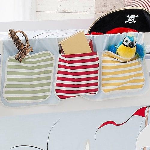 Pirate-themed cabin bed pocket organiser