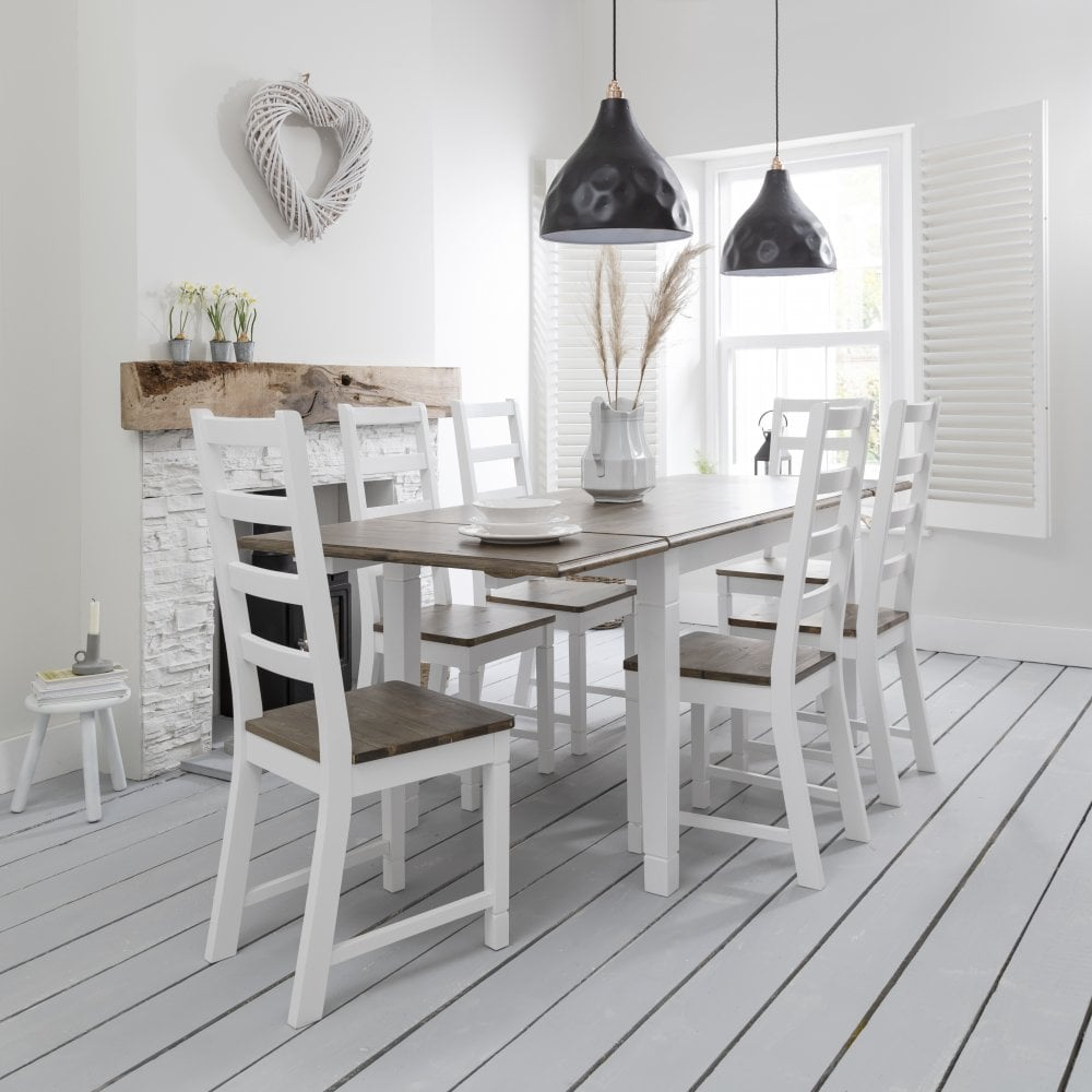 Canterbury Dining Table With 2 X Extensions