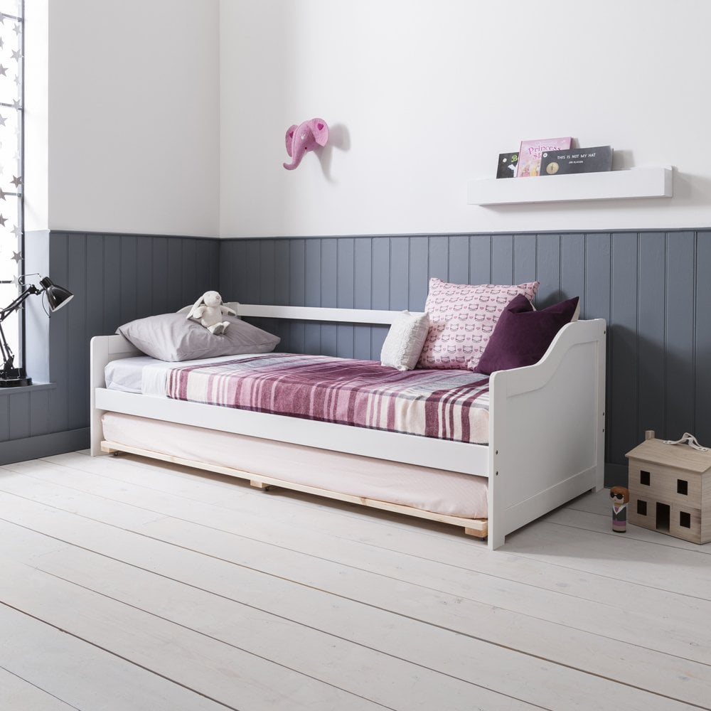 Day Bed.Hove Day Bed In White