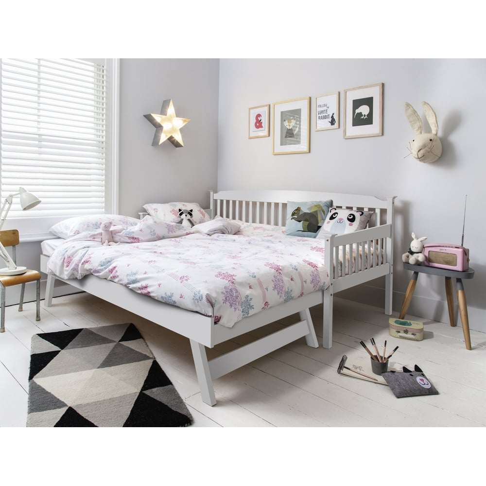 Isabella Day Bed with Pull out Trundle in White | Noa & Nani