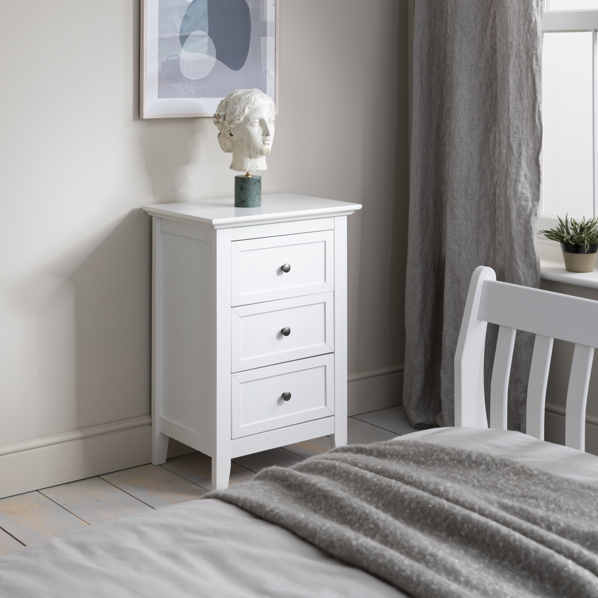 Karlstad 3 Drawer Side Table Chest In White Noa Nani