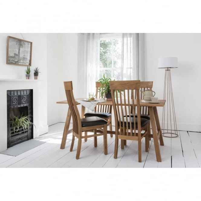 Noa and Nani Bosham Dining Set Solid Oak with 4 Chairs Leather upholstery