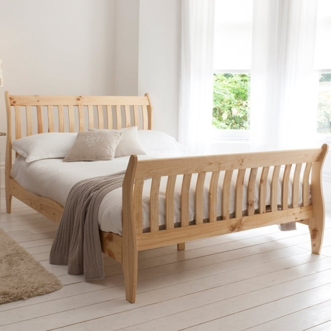 Noa and Nani Double Deluxe Oxford Bed in Pine