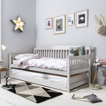 Noa and Nani Isabella Day Bed in White with Pull out Trundle