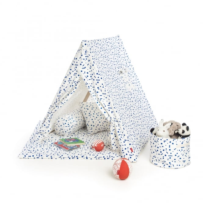 Noa and Nani Playtent with Blue Stickers Design